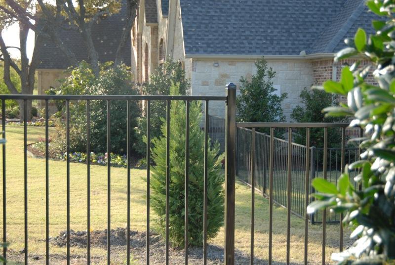 Kodiak Iron - Galvanized Iron Fence Panel - Yukon